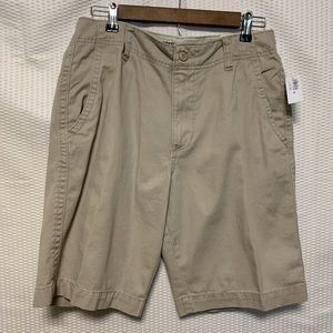 Old navy broken-in khaki shorts size 30